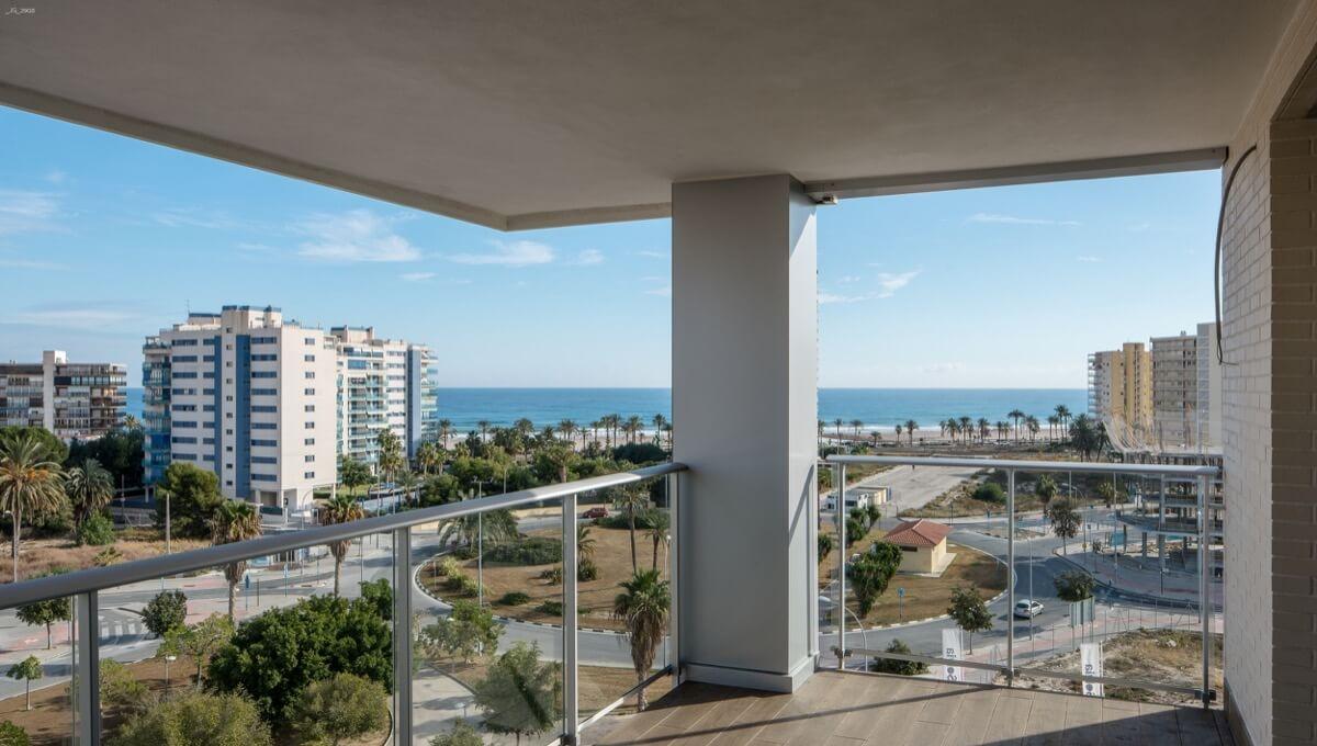Vistas desde la terraza del Residencial Ítaca hacia la pLaya de San Juan