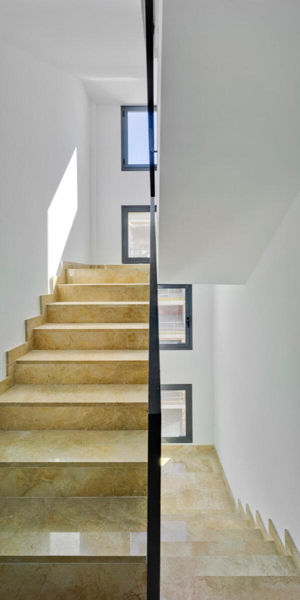 Escaleras zonas comunes de Residencial Nature by Kronos Homes