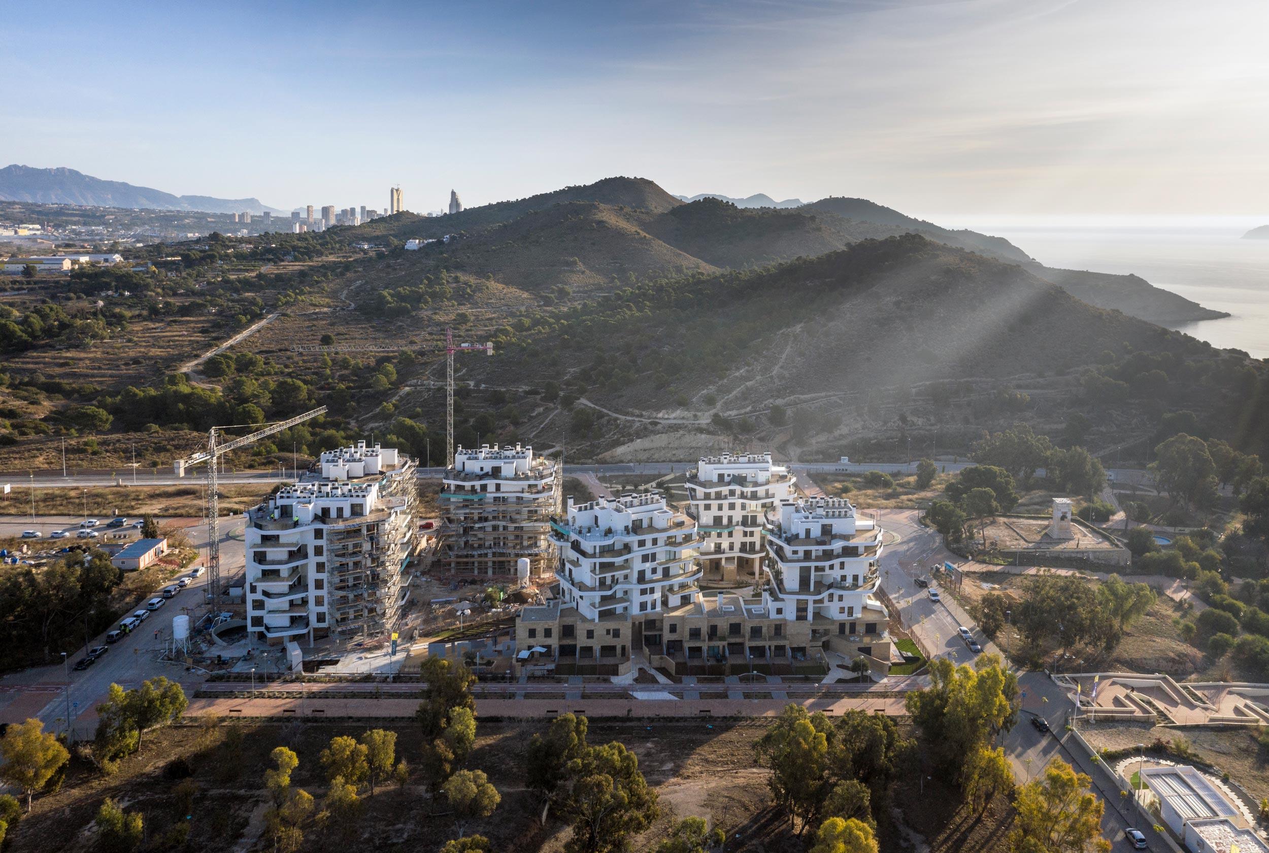 El efecto isla de calor en la arquitectura: el caso de Allonbay Village