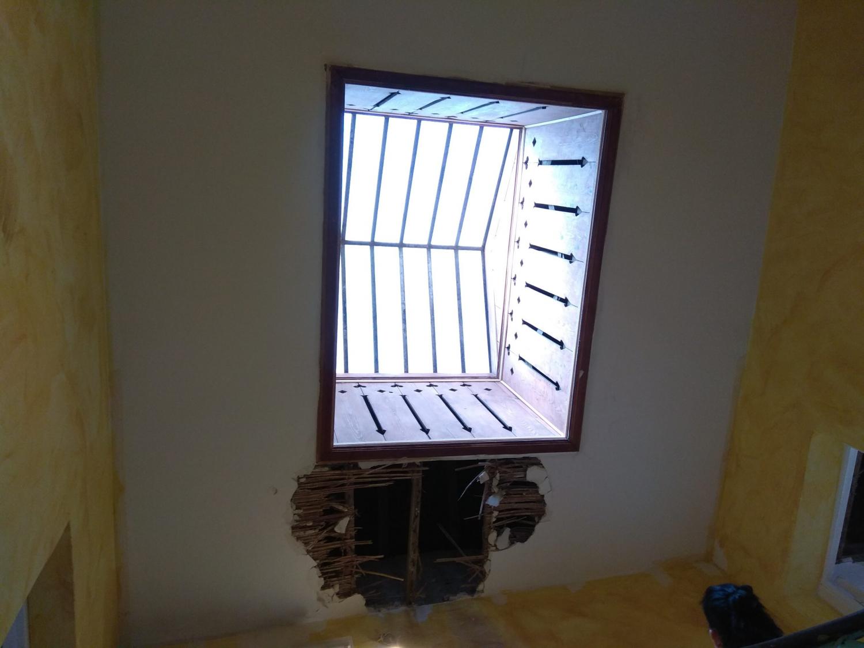 Lucernario de madera de Labradores 24 antes de su restauración vista desde abajo